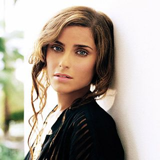 nelly | Nelly Furtado to Sing with Middle Earth Warlords