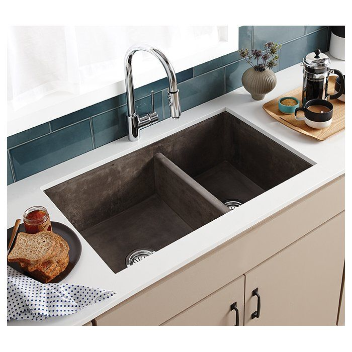Farmhouse 33 L X 21 W Double Basin Farmhouse Apron Kitchen Sink In 2020 Double Kitchen Sink Concrete Kitchen Kitchen Island With Sink