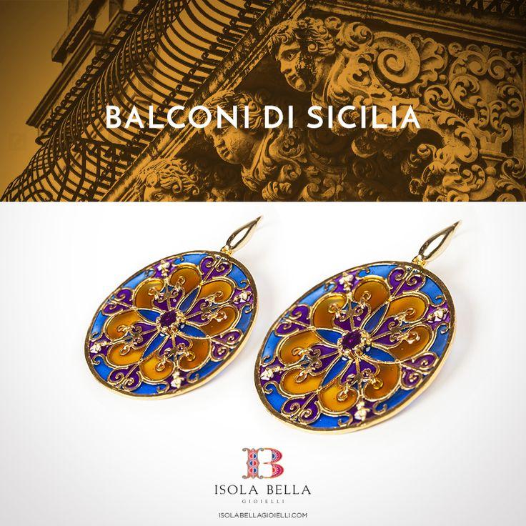 La luce del sole, i colori della natura, i decori dei balconi del barocco siciliano e il richiamo alle vetrate delle cattedrali in un gioiello che è un'opera d'arte da indossare.  #Isolabellagioielli #orecchini #balconidiSicilia