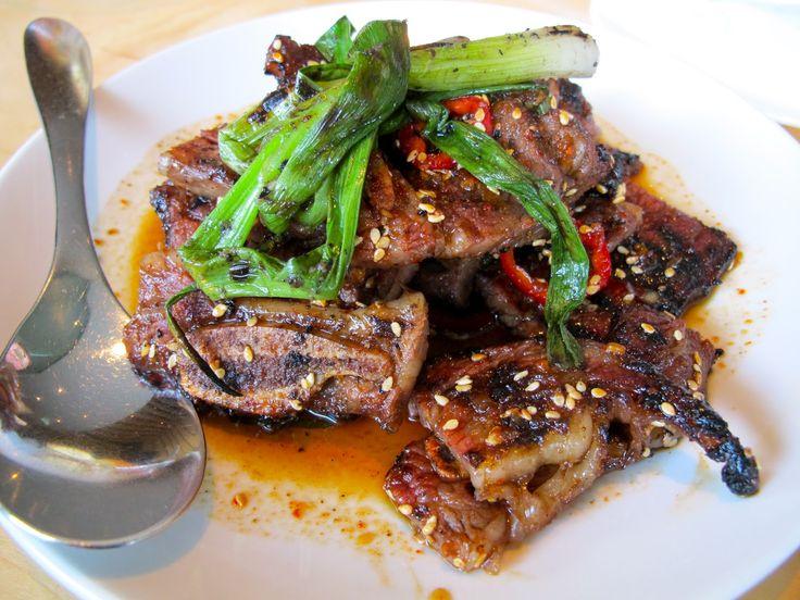 Kalbi, costelas de carne bovina coreana, em restaurante de Seatle, estado de Washington, USA.
