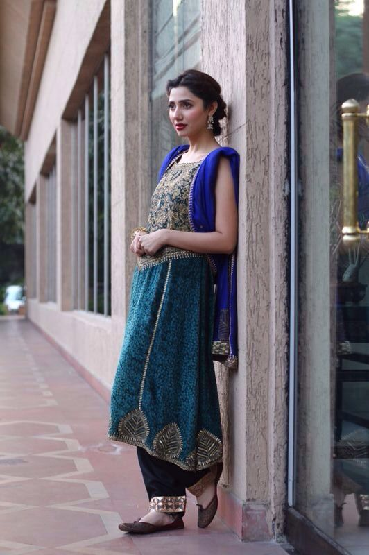 Pakistani actor Mahira Khan in Feeha Jamshed.