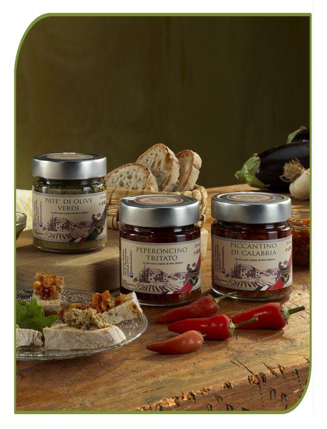 Patè di olive verdi, Peperoncino tritato e Piccantino di Calabria