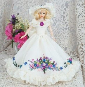 "Hankie Couture - Ball Gown for 11-1/2"" Fashion Doll"