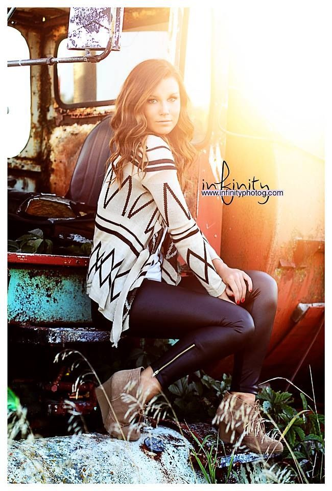 Senior Photography - Senior Pictures