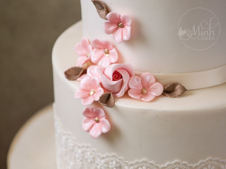 Cake Artist Zurich : 77 best Cake gallery by Minh Cakes images on Pinterest ...