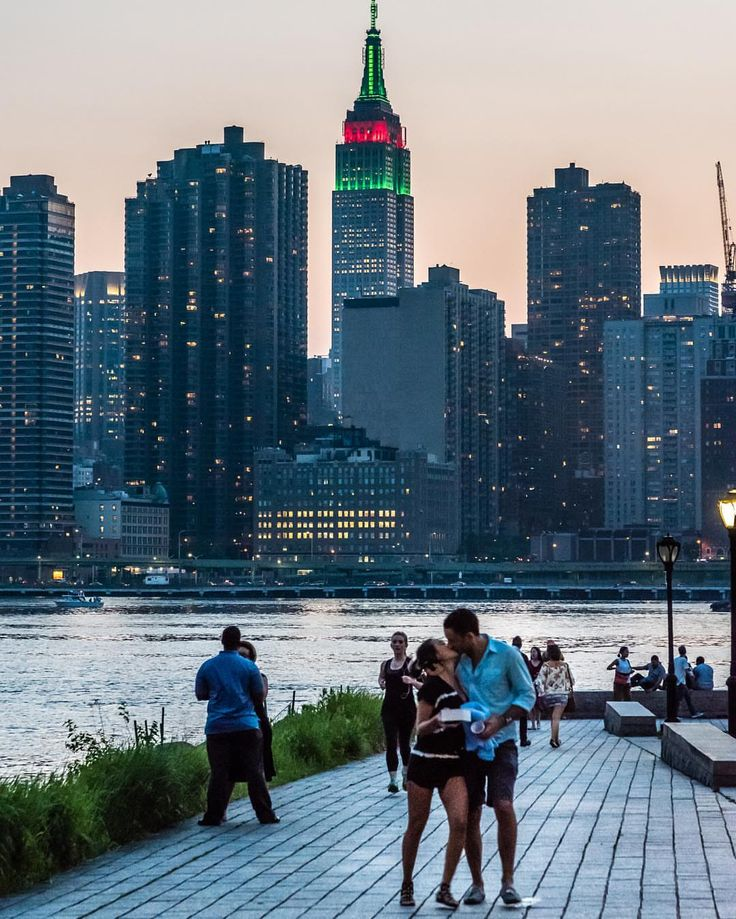 New York is for lovers by @javanng #newyorkcityfeelings #nyc #newyork