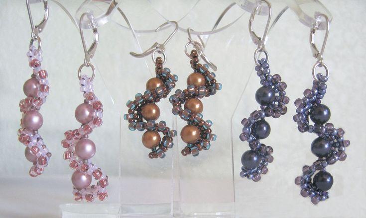 Jill Wiseman Designs - Whirlygig Earrings FREE Instructions, $0.00 (http://shop.jillwisemandesigns.com/whirlygig-earrings-free-instructions/)