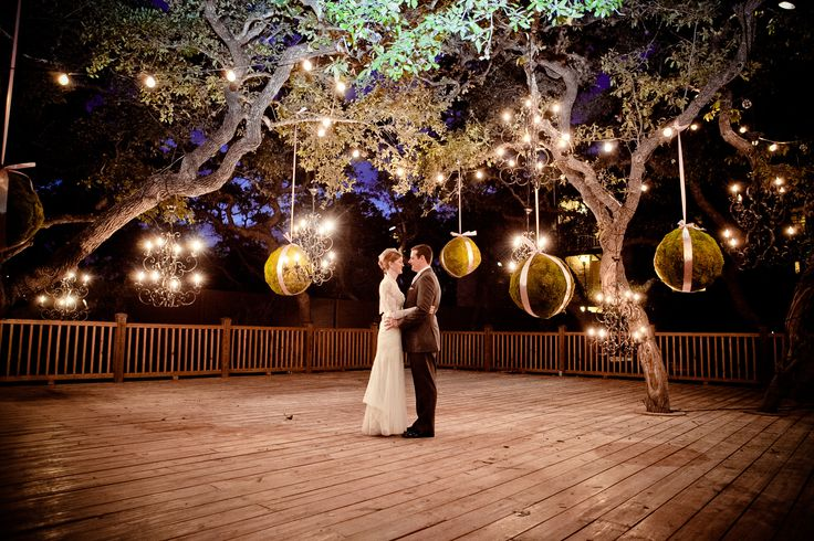 Our San Antonio Hill Country wedding venues, like our outside Courtyard Deck, offer unique, country settings for day or night ceremonies.
