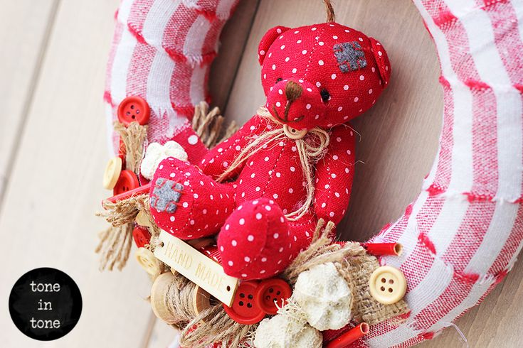 H.O.M.E. #Dress #Up #Your #Door or #Wall with this #DIY #red and #white #teddy #bear #wreath #handmade #interior #decoration for kid's room