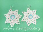 Snowflake Christmas earrings / handmade polymer clay / lace doily. © Mini Art Gallery