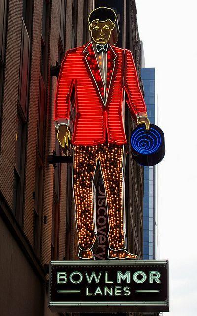Bowlmor Lanes Neon    New York via flickr