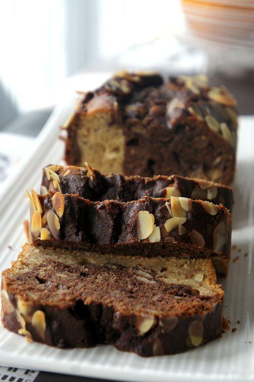 CAKE MARBRÉ aux AMANDES EFFILÉES (IG BAS