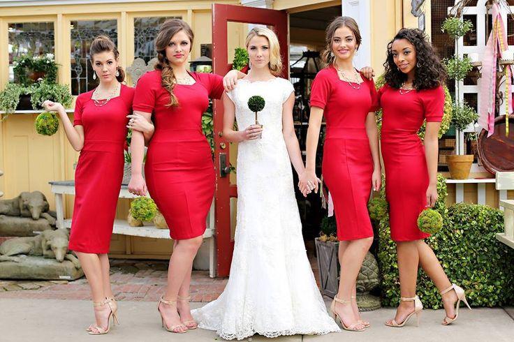 Modest dress - Harper, red knee length dress with short sleeves.