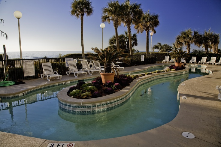 Come enjoy a nice relaxing float around the lazy river at our Myrtle Beach oceanfront hotel!