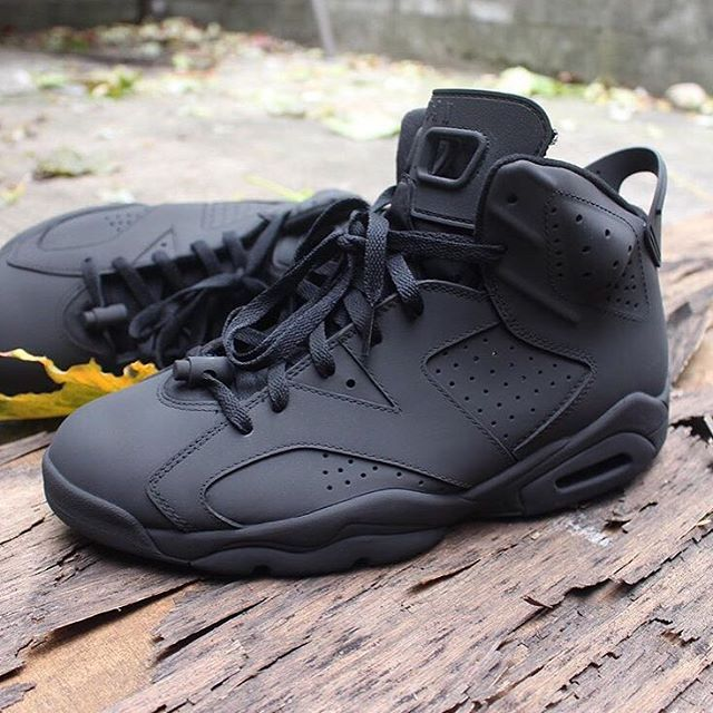 19f7d4825f1 #TRENDINSPO: Matte Black Jordan 6's | Tell Us Your Thoughts! | SHOEGAME. |  Jordan shoes, Air jordans, Shoes sneakers