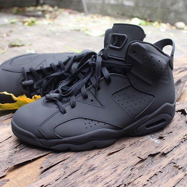 all black jordan 6