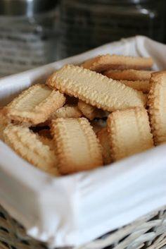 Com uma pitada de açúcar...: Bolacha de Manteiga