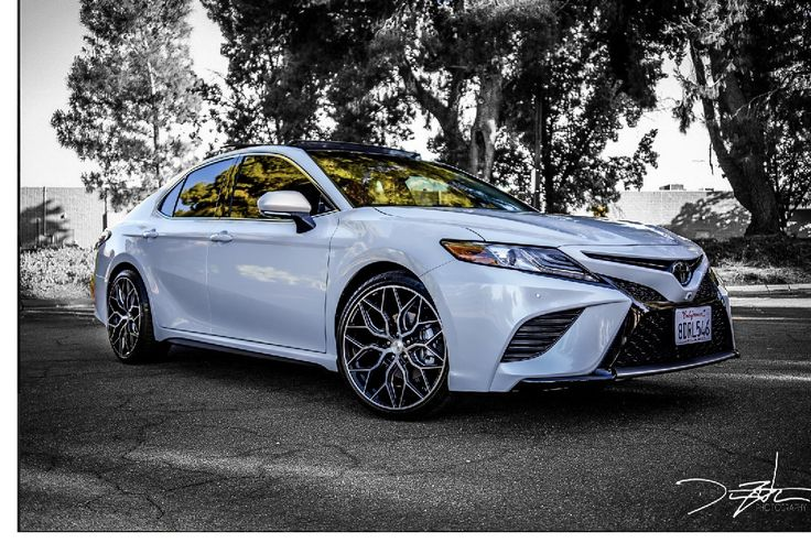 My 2018 Camry XSE sitting on 20x9 inch Vossen HF2 rims