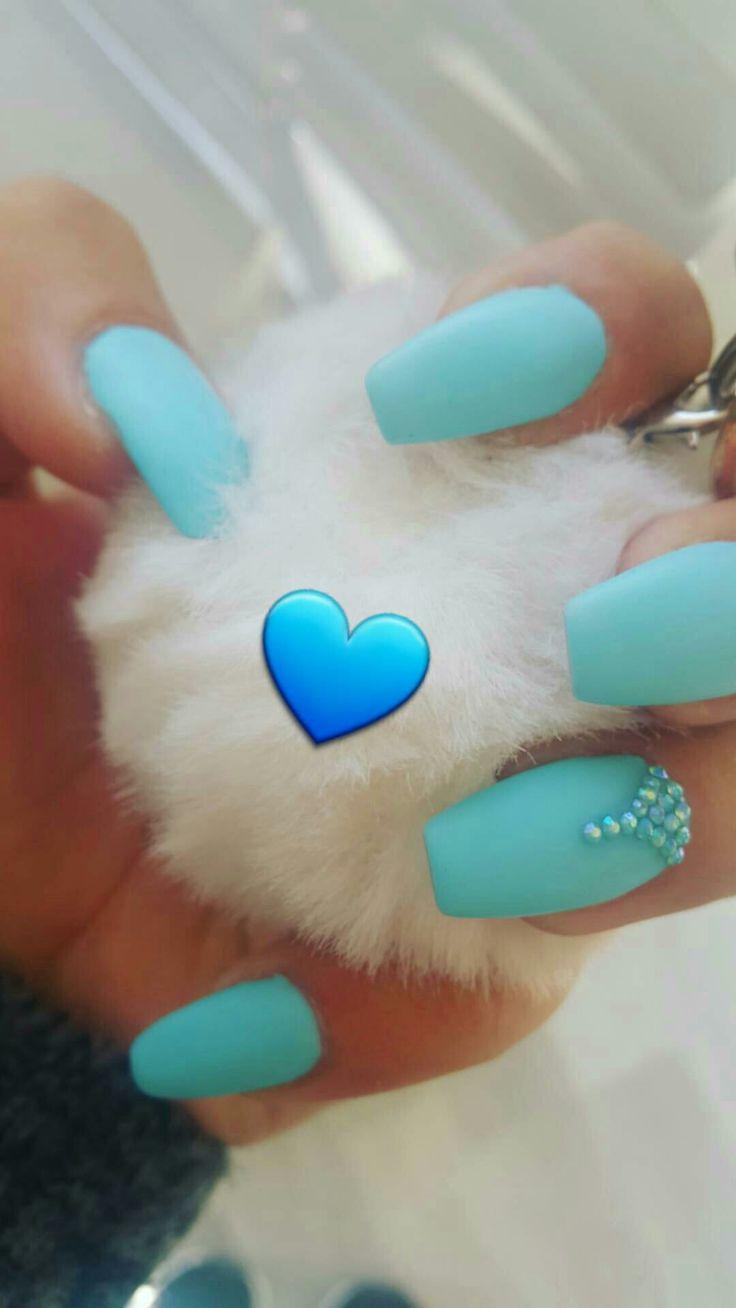 Baby blue nail jel cyprus .. bebek mavisi tırnaklar