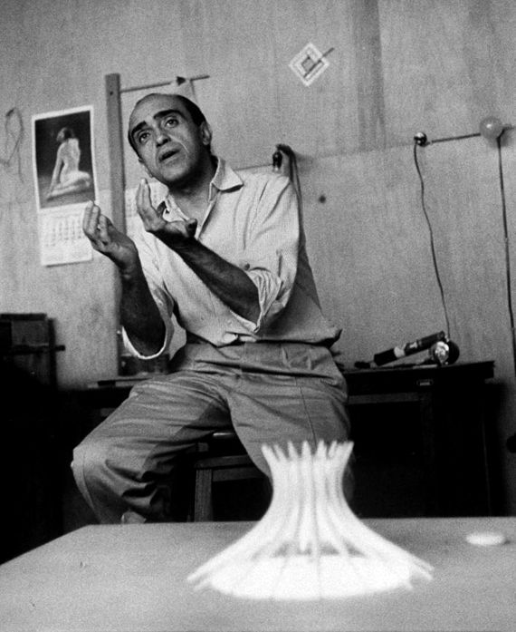 Oscar Niemeyer, the highly-influential Brazilian architect who made  important contributions to modern architecture, lived to (Dec.