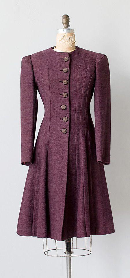vintage 1930s aubergine curve seam boucle coat | Vidure Cabernet Coat