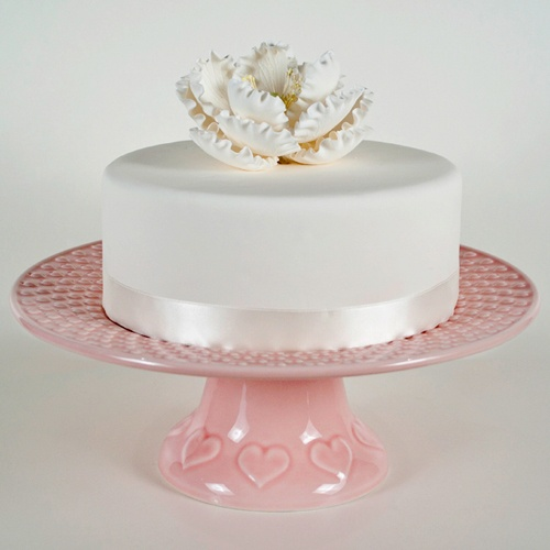 Bordallo Pinheiro cake stand hearts - pink - color 401: Pink Color, Pinheiro Cakes, Pink Bordallo, Heart Color, Pinheiro Dishes, Models Heart, Bordallo Pinheiro, Color Pink, Cakes Stands