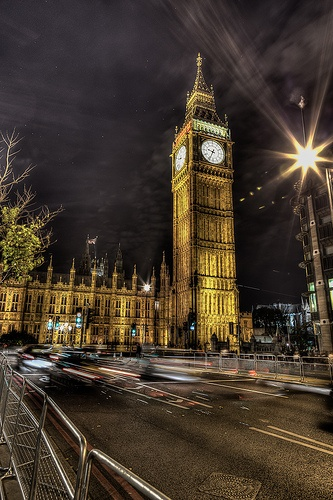 Big Ben at Night by Amazing London photography