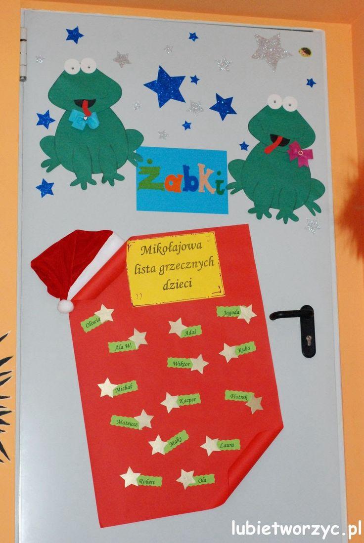 Mikołajowa lista grzecznych dzieci (1) - dekoracja drzwi przedszkolnej sali   #lubietworzyc #DIY #handmade #howto #preschool #kindergarten #instruction #instrukcja #jakzrobic #krokpokroku #przedszkole #dekoracje #decorations #christmas #swieta #bozenarodzenie #christmasdecorations #santaclauslist #mikolajowalistagrzecznychdzieci #swietymikolaj #santaclaus #door #doordecorations