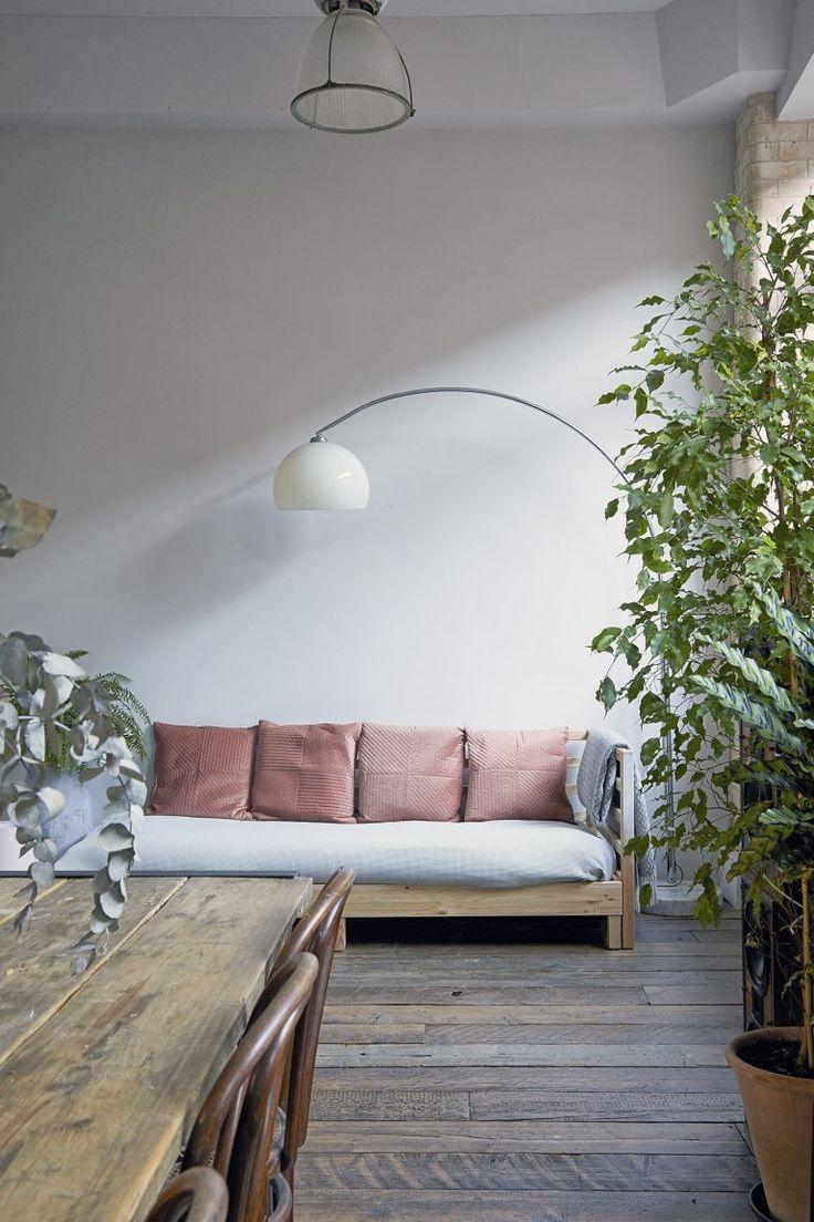 1107 besten living spaces bilder auf pinterest rund ums for Minimalismus haus tour