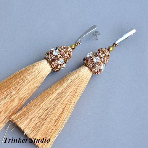 Earrings. Złote chwosty Biżuteria Kolczyki Trinket Studio