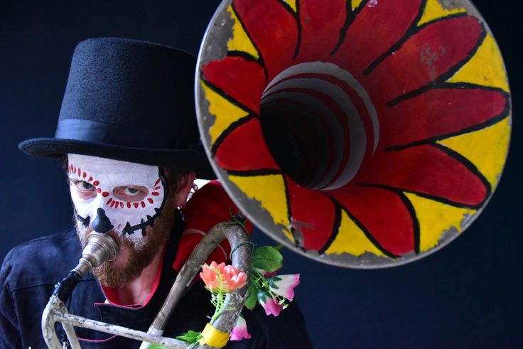 In Mexico the Dia de los Muertos is a chance to honour loved ones who have moved on from this earth with the sort of fiesta you want to stay at forever. Thomasi