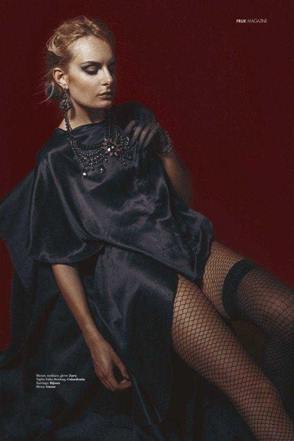 #redness #frukmagazine #fashion #makeup #swami4makeup #mud #mudmua #luisaarnone #myjob #model #christinagermanskaya #alexkipenko