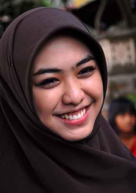 True Hijab | Syar'i | Oki Setiana Dewi