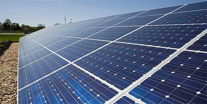 """Türkiye'de güneş enerjisinden lisanslı elektrik üretimi için ilk ihale 12 Mayıs Pazartesi günü gerçekleştirilecek Enerji sektörüne """"güneş"""" doğacak"""