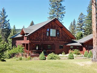 Clearwater River Reserve for 14 - In the Resort Town of Seeley Lake!