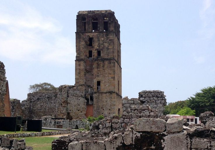 Panama Your Way -  Panama History & Canal Tour