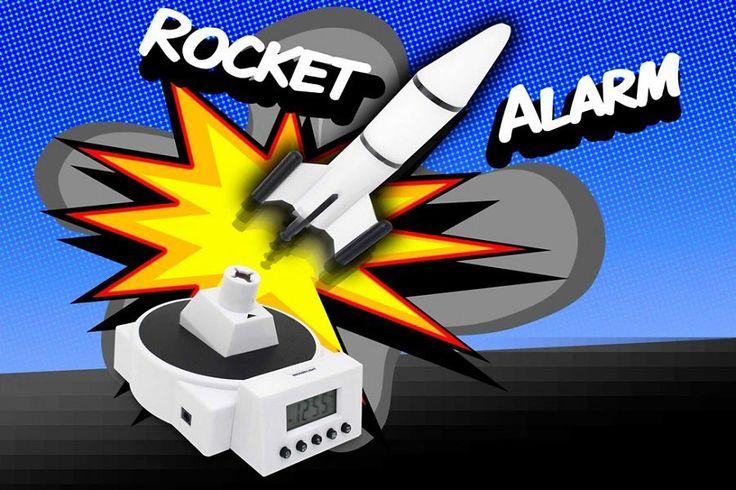 Fliegender Raketen Wecker