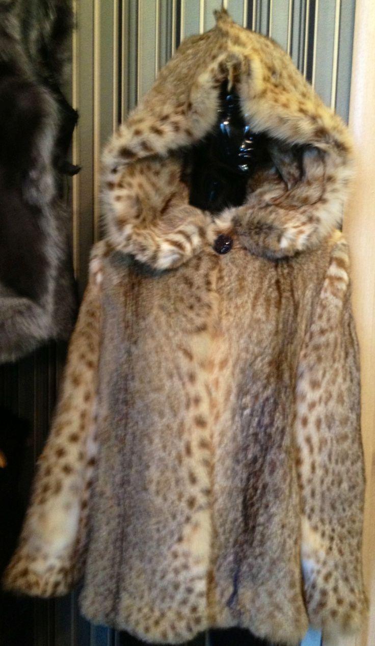 Шуба из камышового кота Цена со скидкой 35 000 Размер 46,48,50
