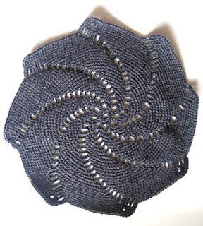 GRATIS ENGELS - Pinwheel Doily pattern by Erin Burger