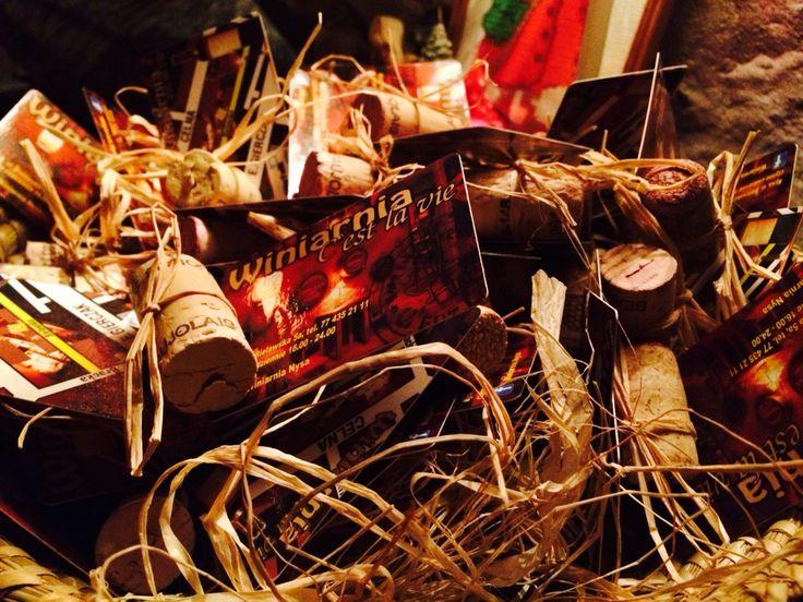 Wizytówki winiarni.