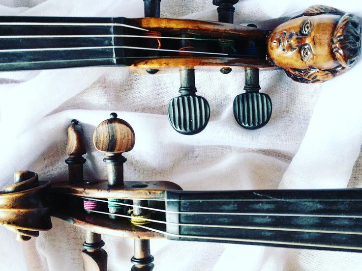 Co dwie głowy to nie jedna mówią...  _________________________  #violin | #violino | #violinist | #violinlife | #violingirl | #skrzypaczka | #skrzypce | #muzyka | #geige | #fiddle | #musicaclassica | #instrument | #instaclassical | #bestmusicshots |  #soloist | #virtuoso | #stringmusician | #violinsolo | #jj_musicmember | #classicfm | #talentedmusicians | #instamusiciansdaily | #skrzypczyni