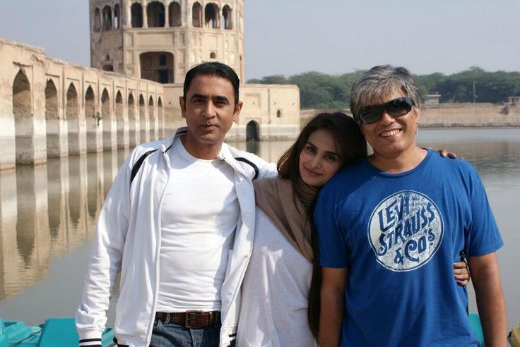 Click Click.. Shahzad Nawaz with Mehreen Syed and Director, Ismail Jilani