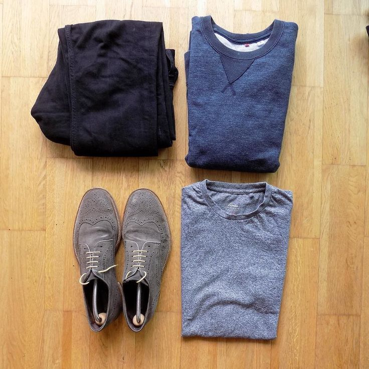Folding let me down on this one  Still nice outfit and an appearance from the suede brogues! #tngoutfitgrid  ___________ Shoes: @debenhams  Jeans: @diesel  Shirt: @houseoffraser  Sweater: @uniqlo_uk  ____________ #uniqlo #flatlays #suedebrogues #flatlay #outfitgrid #outfitgrids #mensfashion #menwithstyle #streetwear #styleformen #dieseljeans #blackjeans #outfitinspo #outfitideas