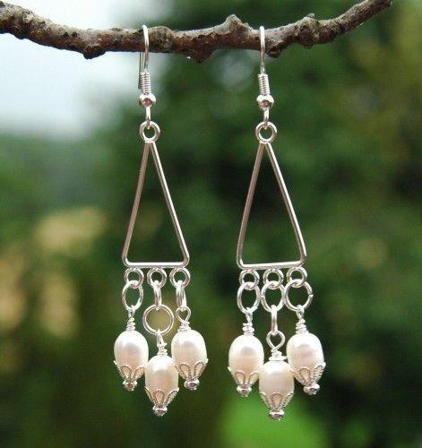 Selber #Ohrringe basteln mit #Perlen und Zuchtperlen. Besuchen Sie unseren Webshop! http://www.steinperlenwelt.de/start/schmuck-basteln-anleitungen/ohrringe-selber-machen-basiswissen.html