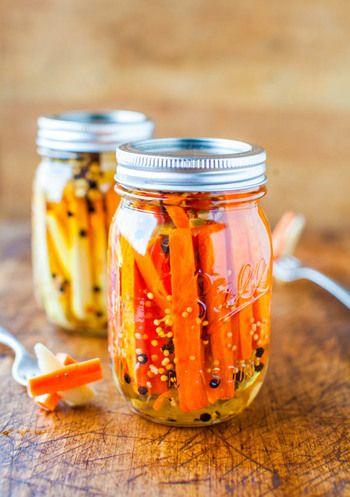 ピクルスは保存がきくので常備菜としても大活躍。そのまま食べても、お料理の材料に使ってもOK。
