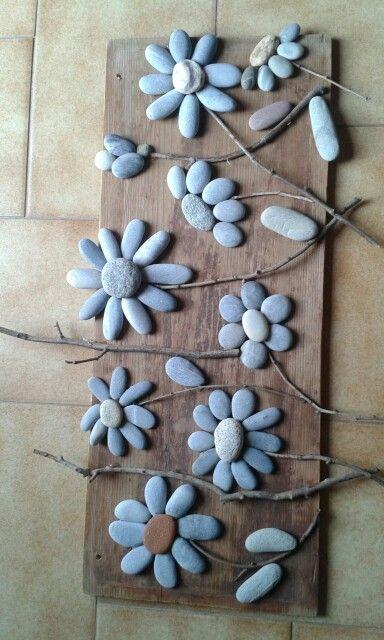 Sea stones flowers