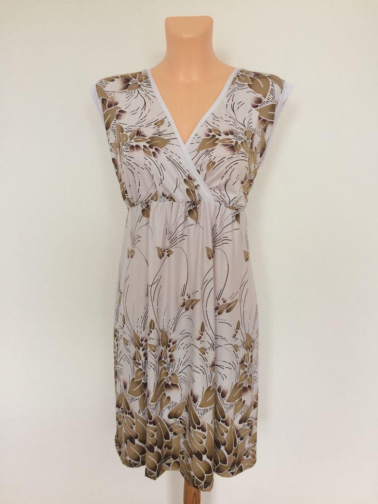 Krátké+šaty-s+mocca+vzorem+Krátké+šaty,nebo+dlouhá+tunika,,,s+překříženým+dekoltem+z+viskozového+materiálu,,,+prsa-136cm+boky-142cm+dlouhé-97cm+velikost-52