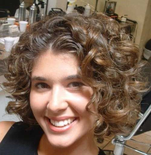 Short Thick Curly Hairstyles Round Face Short Curly Hair