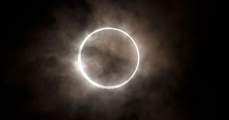 LIVE STREAM: RARE TOTAL SOLAR ECLIPSE FILMED ACROSS U.S. Rare total solar eclipse can be seen by residents in a 70-mile swath across the United States