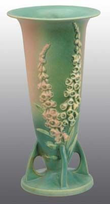 Roseville Pottery Price Guide: Foxglove Vase
